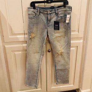 GAP Girlfriend Denim Jeans Size 29 NWT